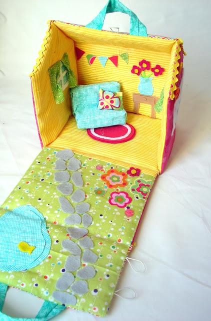 Cute Fabric Doll house Tutorial