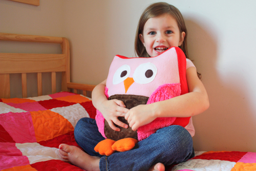 HOW TO MAKE A SNUGGLY OWL PILLOW